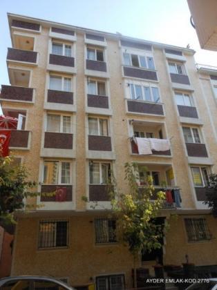 Bahçelievler cumhuriyet mah de satılık 1. kat daire