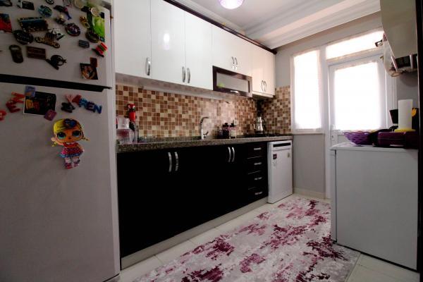 Home Vizyon 'dan  Bahçelievler Yenibosna Satılık Lüx 4+1 Dublex Daire.