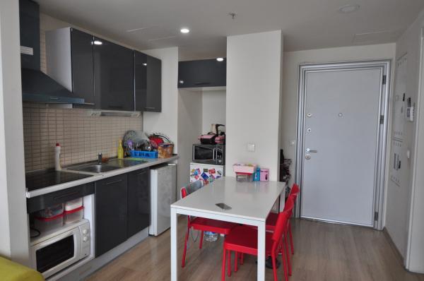 İstanbul küçükçekmee Atakent de satılık eşyalı 5.daire