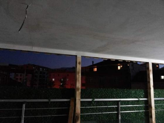Çatı, Yenileme izolasyon Tadilat, komple Tadilat alçıpan seramik, kalebodur, Yenileme, Boya, Dış Cephe,