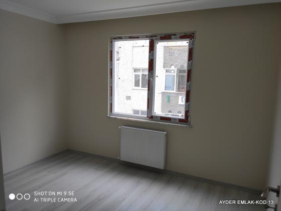 İstanbul Bahçelievler yenibosna mah de satılık 80 m² 2+1 -sıfır 1. kat daire