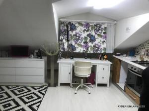İstanbul Bahçelievler siyavuşpaşa mah de satılık 220 m² 4+1 -dubleks.kat daire