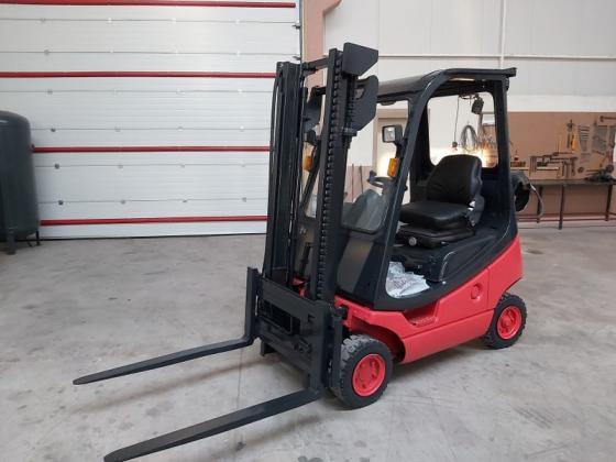 1600 KG Linde Tüplü Forklift Lpgli 3 hareketli 2002 model