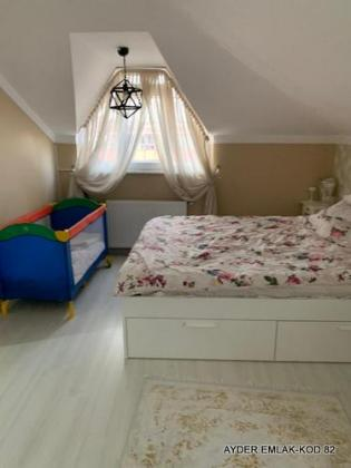Bahçelievler kocasinan mah de satılık 180 m² -4+1  dubleks. kat daire