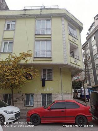 İstanbul Bahçelievler kocasinan mah de satılık 80 m² 2+1 -bahçekat daire