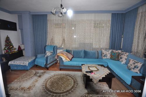 istanbul Bahçelievler siyavuşpaşa mah de satılık 90 m² 2+1 –bahçe.kat daire