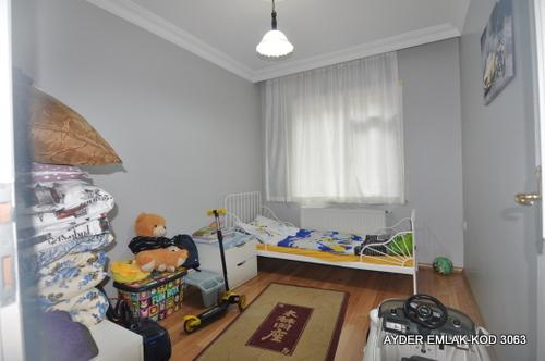 istanbul Bahçelievler siyavuşpaşa mah de satılık 125 m² 3+1 –1. kat daire