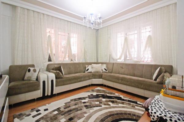 Home Vizyon 'dan Bahçelievler Zafer Ferah Lüx 2+1 Daire.