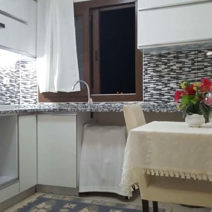Urlada günlük kiralık eşyalı yeni daire 108 m2