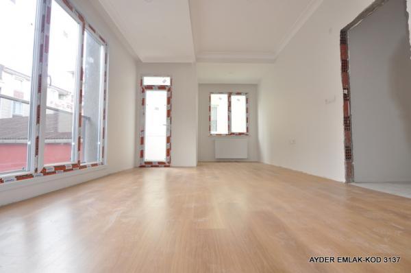 Bahçelievler cumhuriyet mah de satılık 100 m² 2+1 – sıfır 3.kat daire